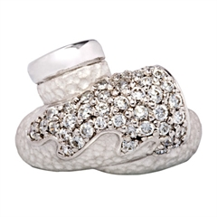 Picture of 08403: Enchanting Hammered Style Sterling Silver Ring in a Gleaming White Tone with White Cubic Zirconias
